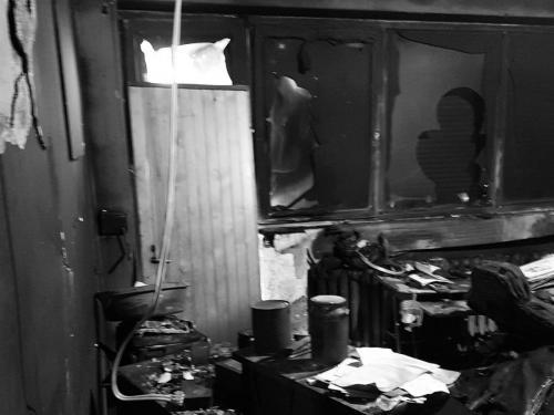 Sprzątanie po pożarze domu Piła